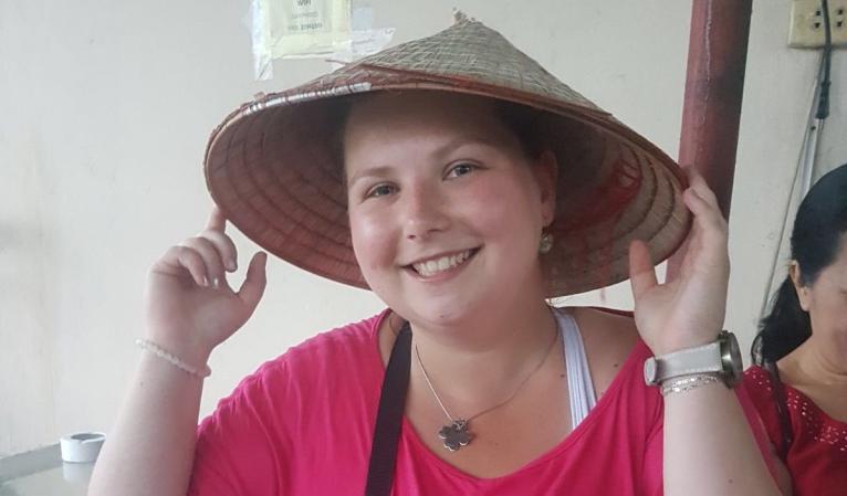 Dala jsem výpověď a s krosnou se vydala hledat štěstí do Vietnamu  – I. část
